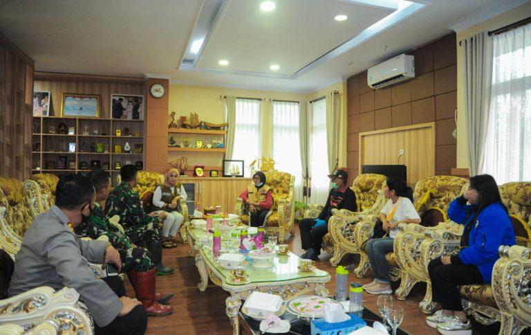 Bantuan Kemanusiaan Pemda Tana Toraja disambut Hangat Bupati Luwu Utara