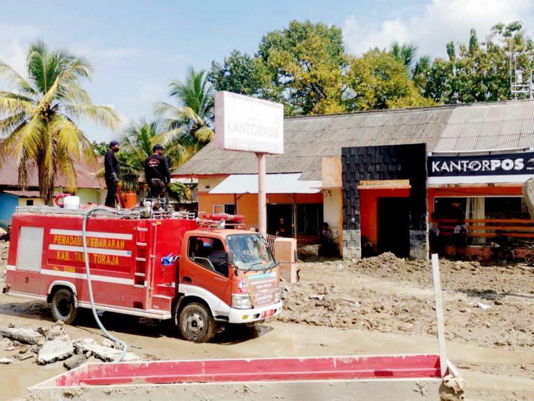 Sinergi Tim Relawan Sentuhan Peduli Sesama Pemda Tana Toraja dan TNI di Masamba Luwu Utara