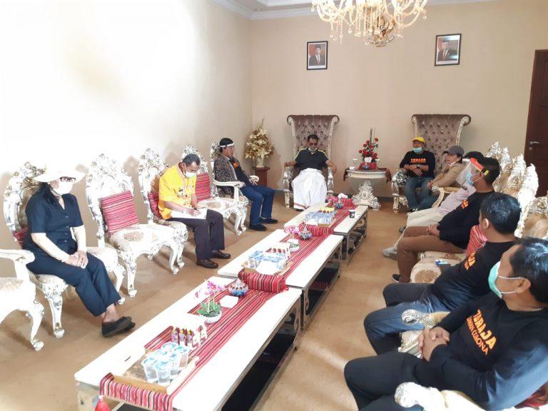 Kunjungi Posko Satgas Covid-19, Rombongan Anggota DPRD Tana Toraja diterima langsung Ketua Satgas