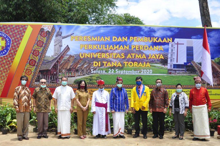 Bupati Tana Toraja Hadiri Peresmian dan Pembukaan Kuliah Perdana Universitas Atma Jaya di Tana Toraja