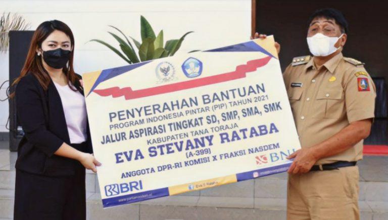 Bantuan Program Indonesia Pintar Untuk Pelajar Tana Toraja