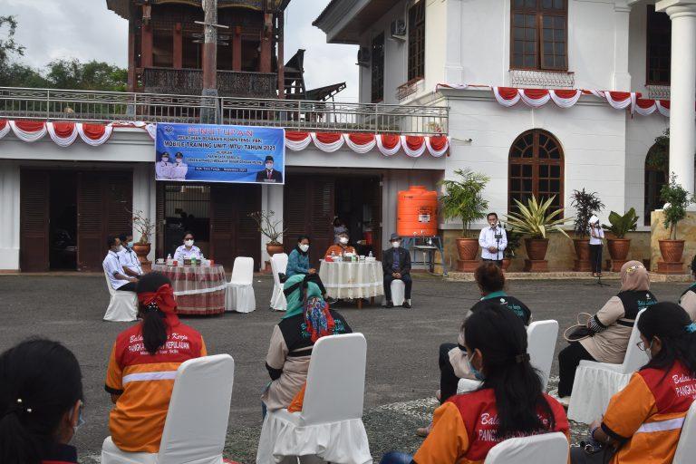 Bupati Tana Toraja Tutup Pelatihan Barista dan Menjahit